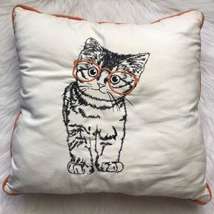Jumbo accent cat with glasses throw pillow